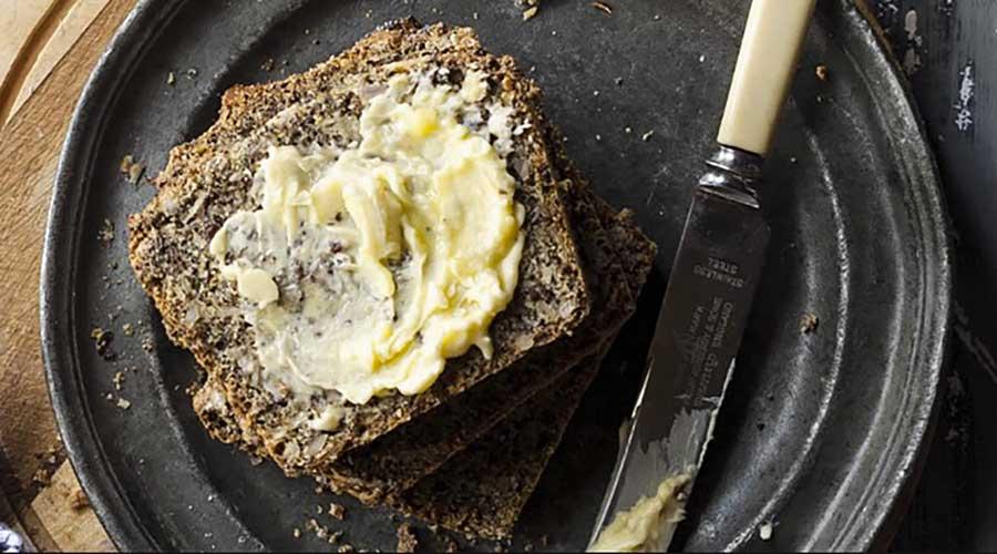 linseed-bread-recipe-by-holistic-yoga