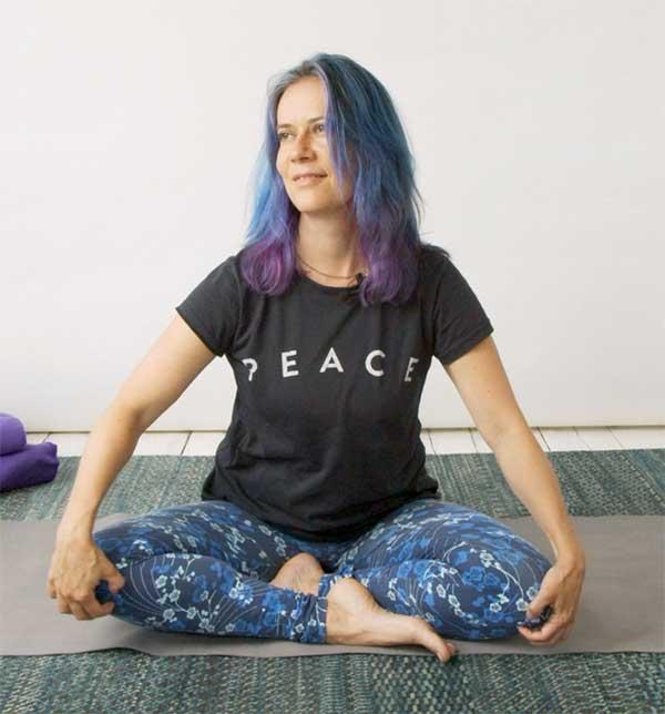 gentle-zoom-yoga-expert-teacher